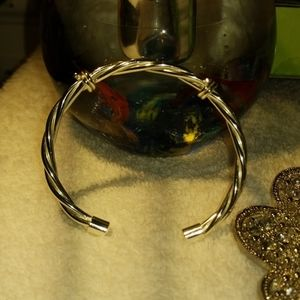 Silver Bobwire Bracelet small in new like